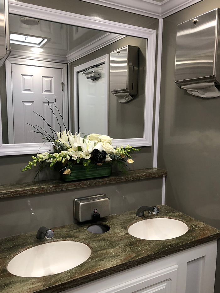 Luxury Residence Restroom Trailer 183 Area Portable Services